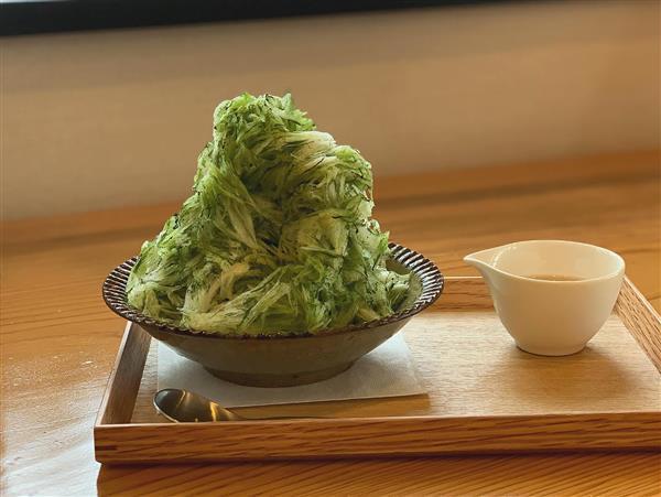 創業70年の老舗お茶屋さんによる、抹茶を削るかき氷