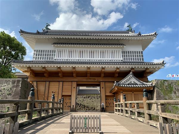 日本最大の城門!昨年遂に蘇った「鶴丸城跡御楼門」